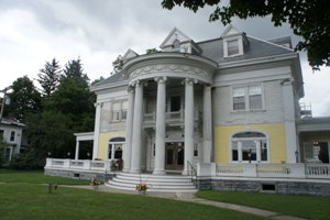 The Rice Mansion Inn
