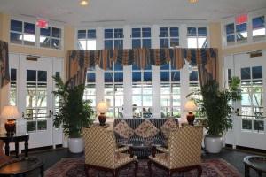 Sitting area off the lobby at Washington Duke Inn.